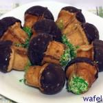 Готовим вкусное печенье в форме для выпечки грибочков