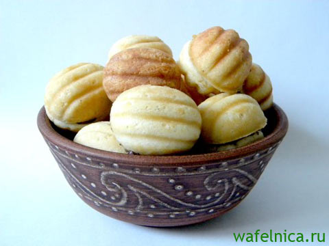 Орешки печёные из орешницы
