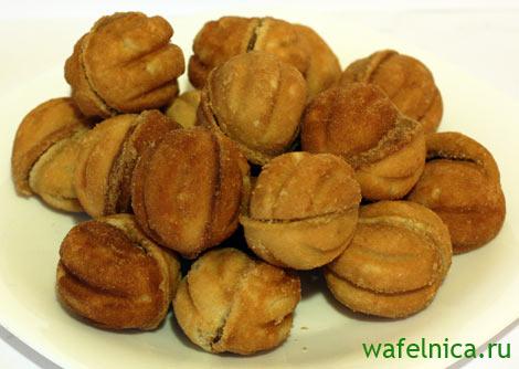 Печеные орешки с начинкой