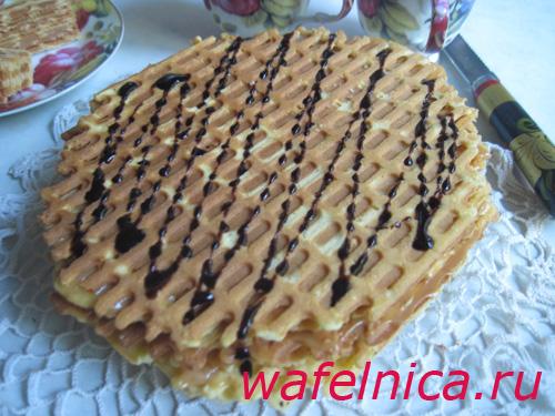Торт из вафельных коржей – хрустящий десерт по рецепту бабушек