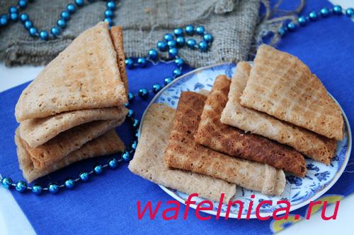 Домашние тонкие вафли с какао своими руками